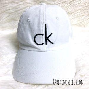 483cc03377edd Calvin Klein Accessories - Calvin Klein CK White And Black Dad Hat Cap